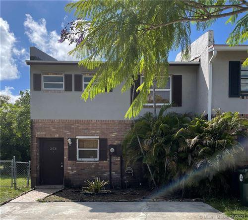 Photo of 253 Sunshine Dr, Coconut Creek, FL 33066 (MLS # A11054680)
