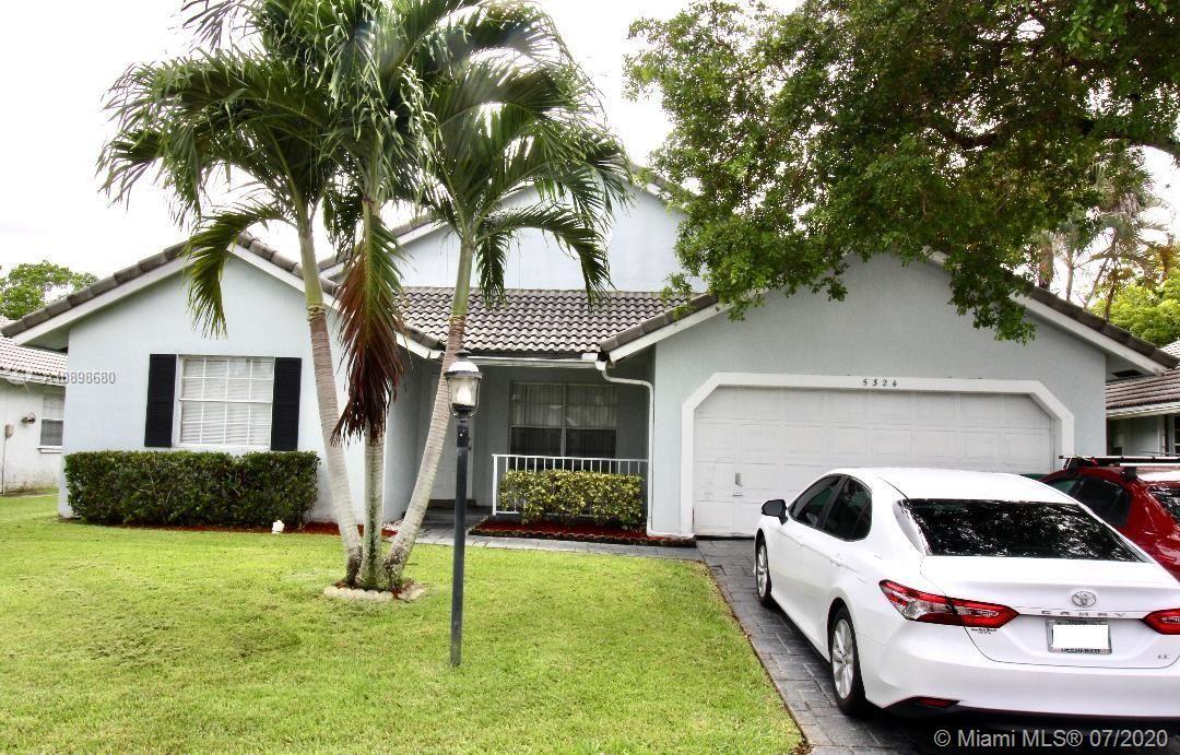 5324 Pine Cir, Coral Springs, FL 33067 - #: A10898680