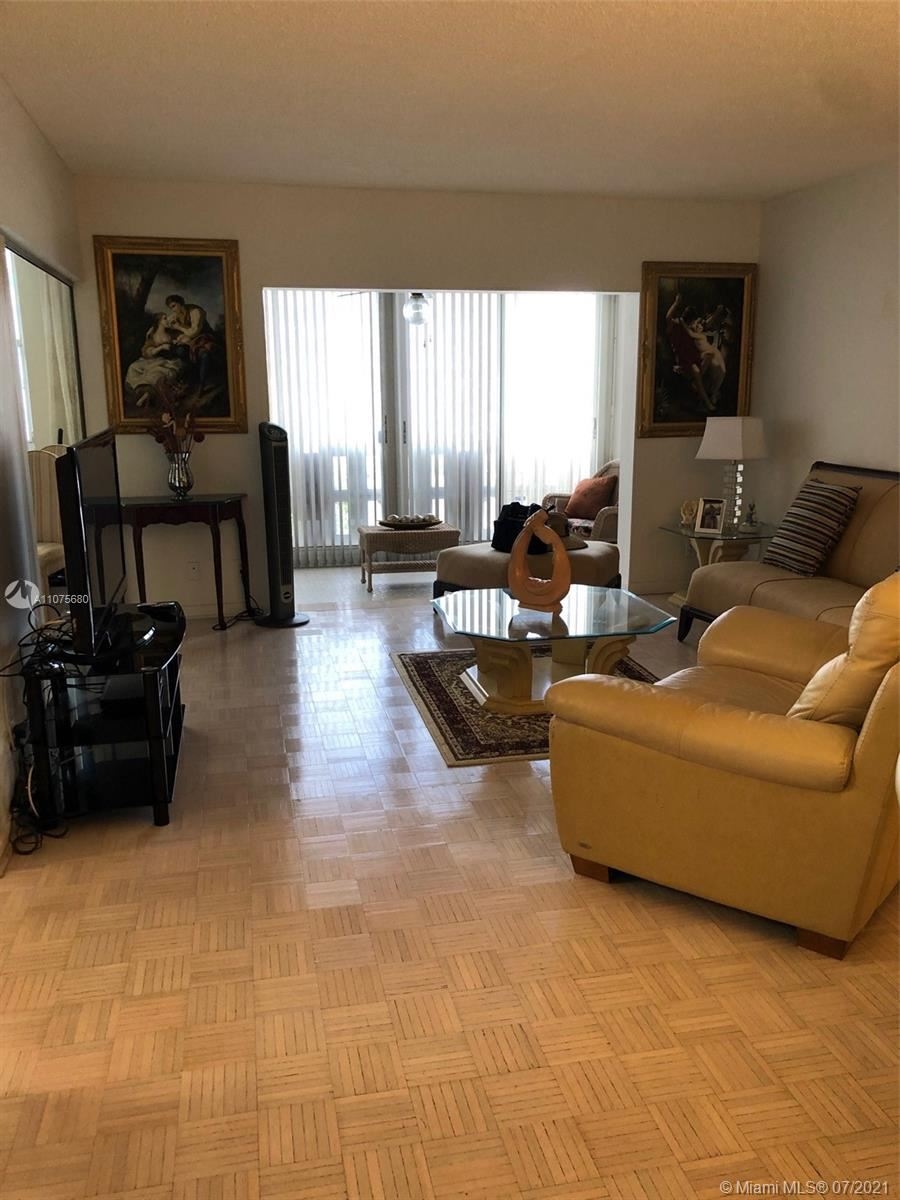 Photo of 4330 Hillcrest Dr #316, Hollywood, FL 33021 (MLS # A11075680)
