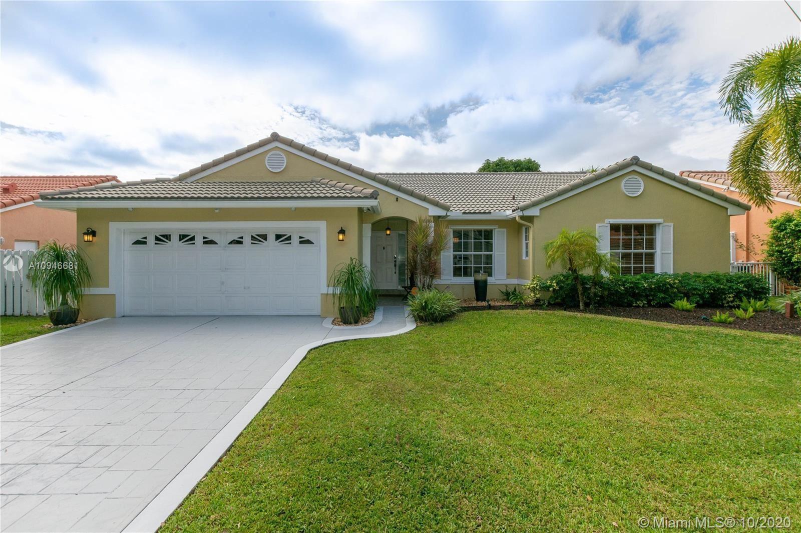 Photo of 13150 SW 17th Ct, Miramar, FL 33027 (MLS # A10946681)