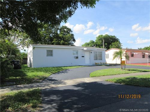 Photo of Listing MLS a10824682 in 1610 N 68th Ave Hollywood FL 33024
