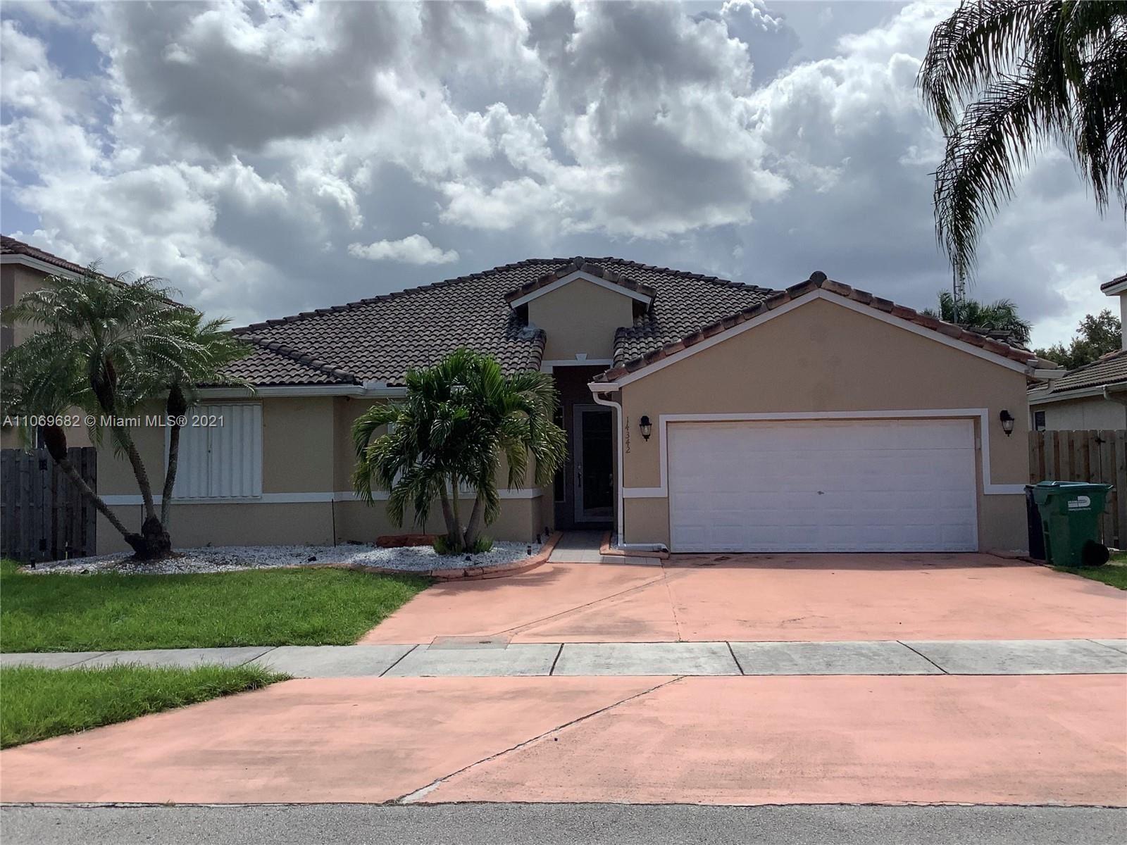 14342 SW 159th Ct, Miami, FL 33196 - #: A11069682