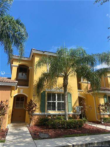 Photo of 987 NE 42nd Pl, Homestead, FL 33033 (MLS # A10933683)