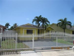 Foto de inmueble con direccion 21071 SW 103rd Ct Cutler Bay FL 33189 con MLS A10702684