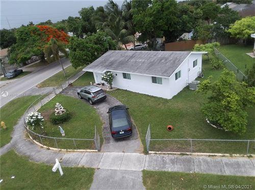 Photo of 12200 SW 198th St, Miami, FL 33177 (MLS # A11018684)