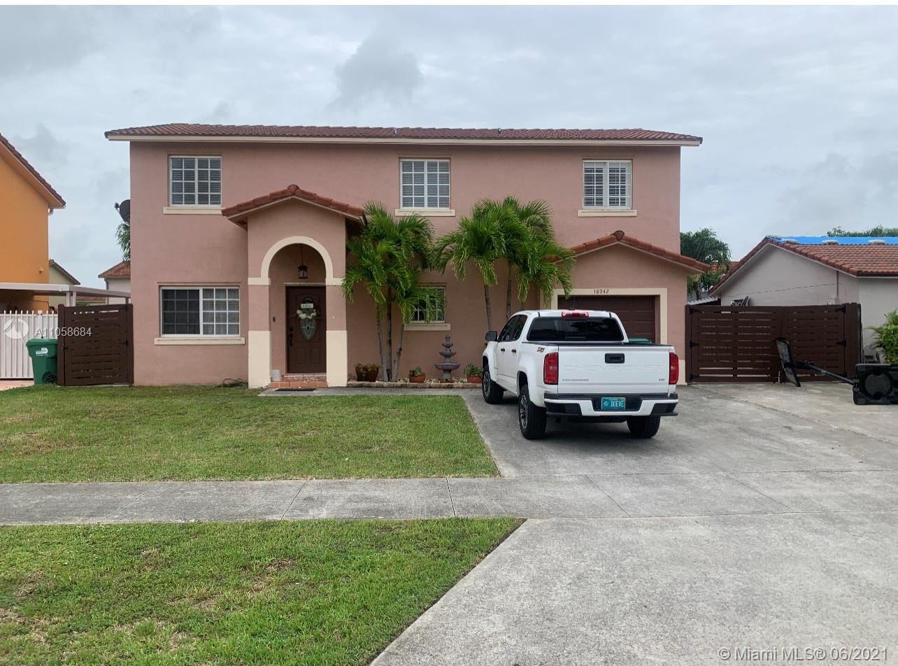 18042 SW 153rd Pl, Miami, FL 33187 - #: A11058684