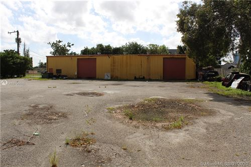 Photo of Listing MLS a10796685 in 4601 SW 44th Ave Dania Beach FL 33314