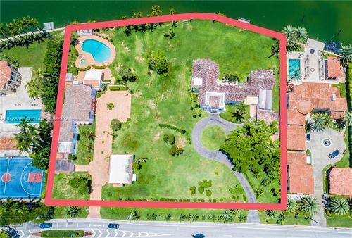 Photo of 5565/5589 Pine Tree Dr, Miami Beach, FL 33140 (MLS # A10488686)