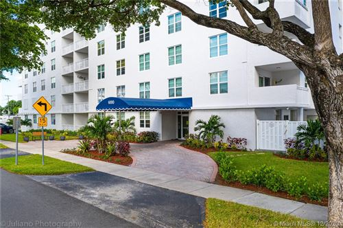 Photo of 6000 NE 22nd Way #5F, Fort Lauderdale, FL 33308 (MLS # A10837686)