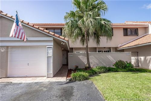 Photo of Listing MLS a10887686 in 11674 SW 91 Ter Miami FL 33176