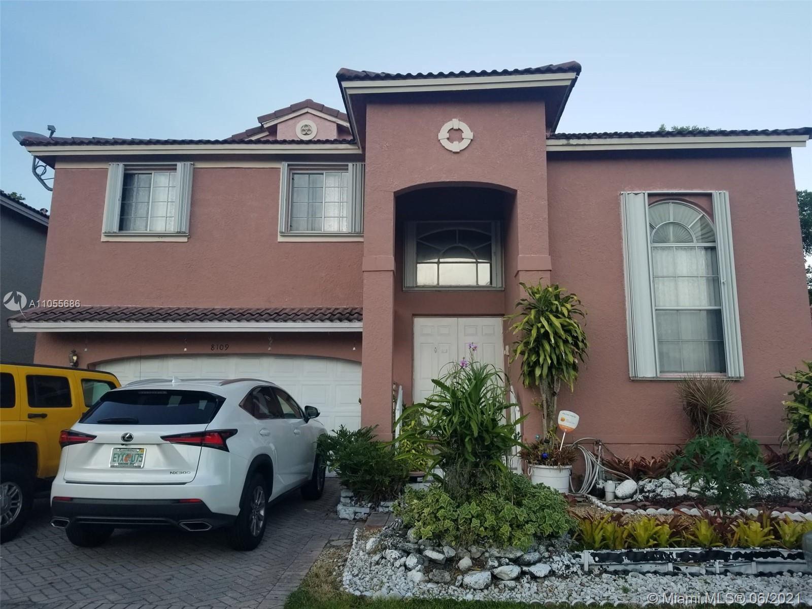 8109 SW 157th Ct, Miami, FL 33193 - #: A11055686