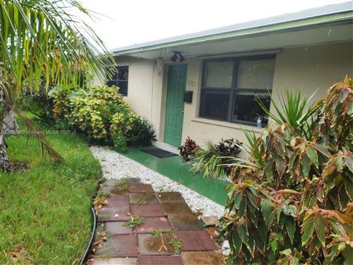Photo of 1321 SE 3rd Ave, Deerfield Beach, FL 33441 (MLS # A11099687)