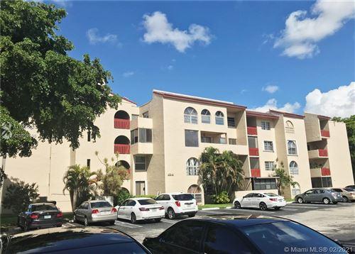 Photo of 10641 SW 108th Ave #3H, Miami, FL 33176 (MLS # A11001690)