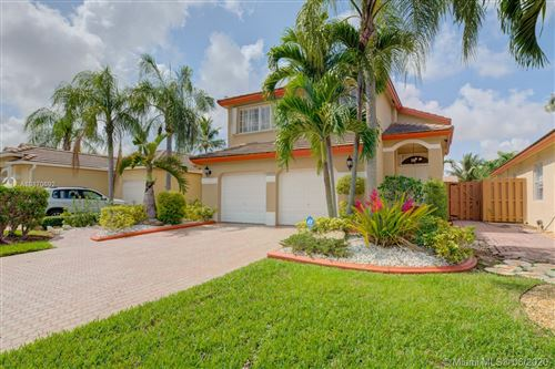 Photo of 9958 NW 32nd St, Doral, FL 33172 (MLS # A10870692)