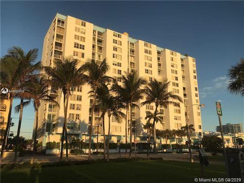 Photo of 6450 Collins Ave #405, Miami Beach, FL 33141 (MLS # A11005692)