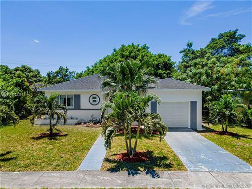 Foto de inmueble con direccion 1280 NE 131st St North Miami FL 33161 con MLS A10912693