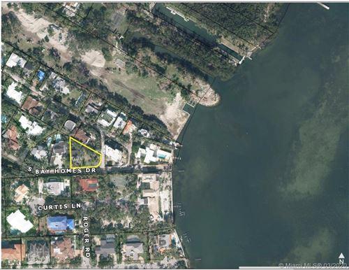 Photo of 3540 N Bay Homes Dr, Miami, FL 33133 (MLS # A10739696)