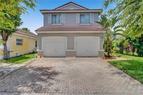 Photo of 4827 SW 34th Ave, Hollywood, FL 33312 (MLS # A11078696)