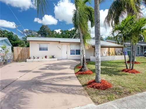 Photo of Listing MLS a10811697 in 1756 SW 43rd Ave Fort Lauderdale FL 33317