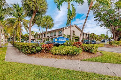 Photo of 16449 NE 26th Ave #16, North Miami Beach, FL 33160 (MLS # A10985698)