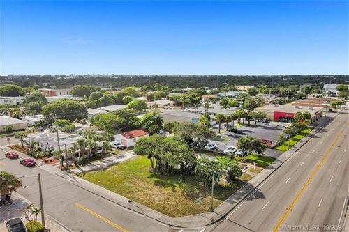 Photo of 1432 N Dixie #1, Lake Worth, FL 33460 (MLS # A11091698)