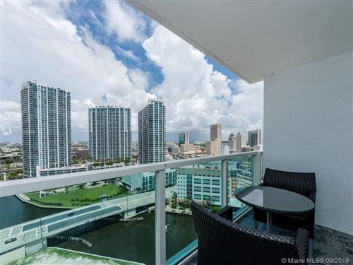 Photo of 31 SE 5 ST #2609, Miami, FL 33131 (MLS # A10737699)