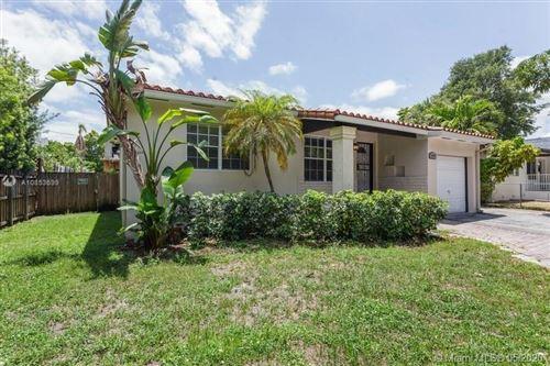 Photo of 3350 SW 29th St, Miami, FL 33133 (MLS # A10853699)