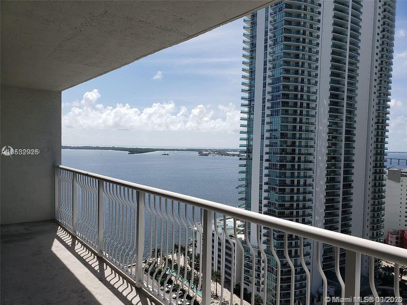 1200 BRICKELL BAY DRIVE #1521, Miami, FL 33131 - #: A10952699