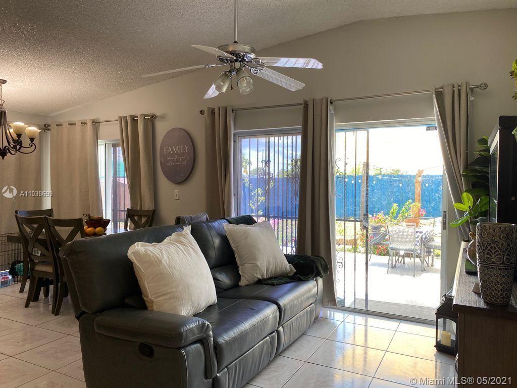 11932 SW 210th Ter, Miami, FL 33177 - #: A11038699