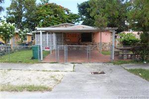 Foto de inmueble con direccion 2428 NW 42nd St Miami FL 33142 con MLS A10654700