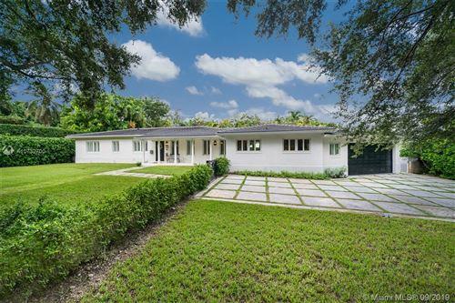 Photo of 420 Tivoli Ave, Coral Gables, FL 33143 (MLS # A10732700)