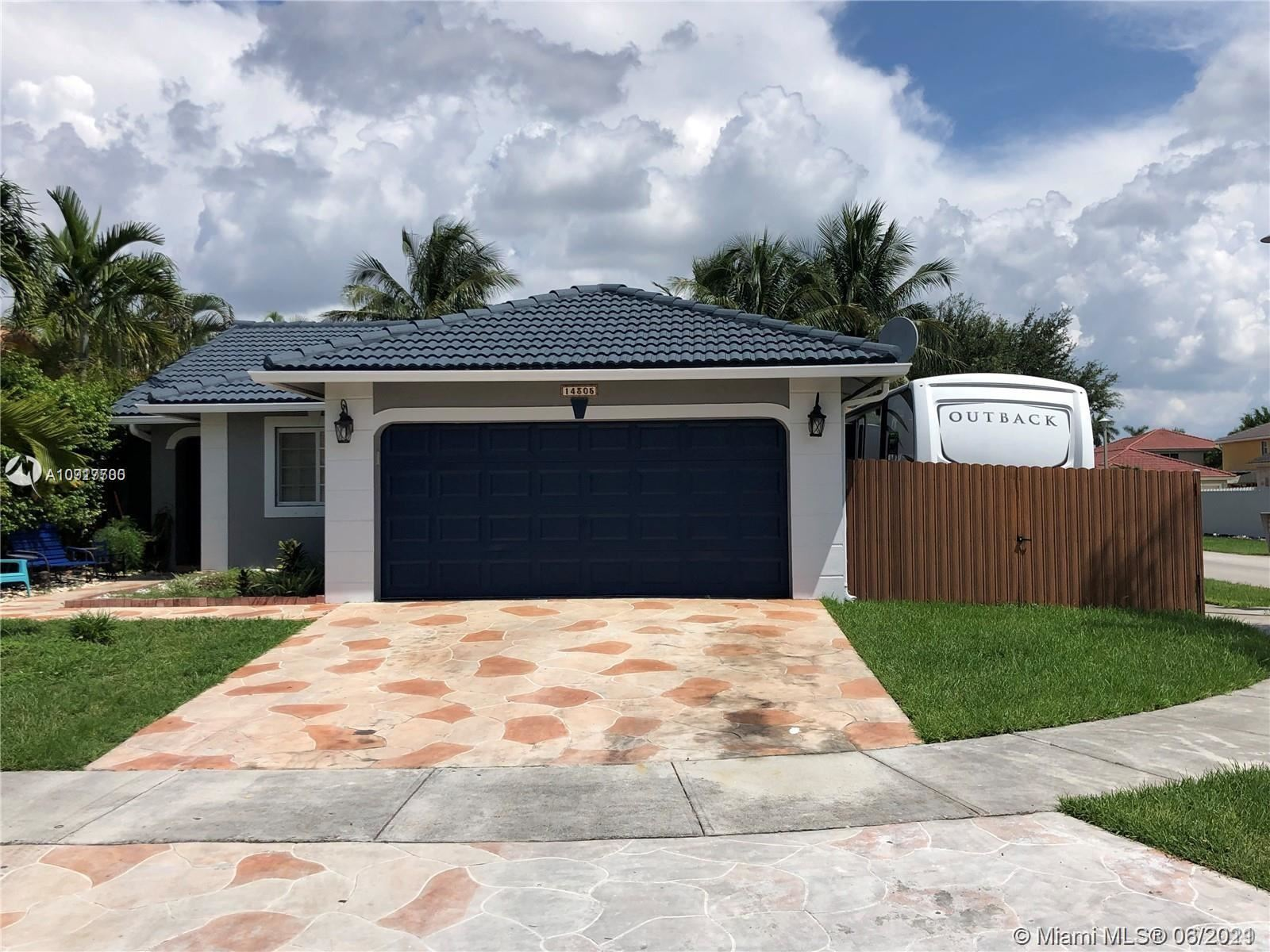 14305 SW 182nd Ter, Miami, FL 33177 - #: A10917700