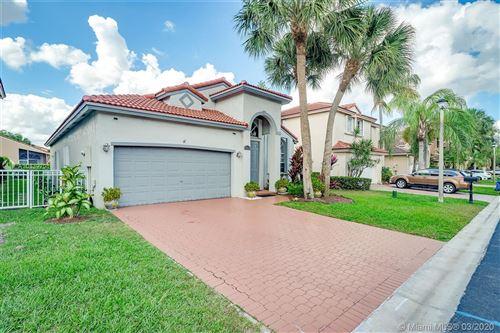 Photo of 15632 SW 16th St, Pembroke Pines, FL 33027 (MLS # A10839701)