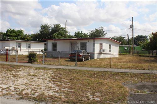 Photo of Listing MLS a10853701 in 2000 E Bunche Park Dr Miami Gardens FL 33054