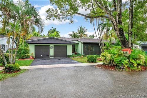 Photo of 10315 SW 128th Ct, Miami, FL 33186 (MLS # A10799702)