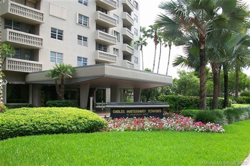 Photo of 90 Edgewater Dr #402, Coral Gables, FL 33133 (MLS # A10883702)