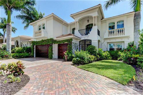Photo of 330 Charroux Dr, Palm Beach Gardens, FL 33410 (MLS # A10903702)