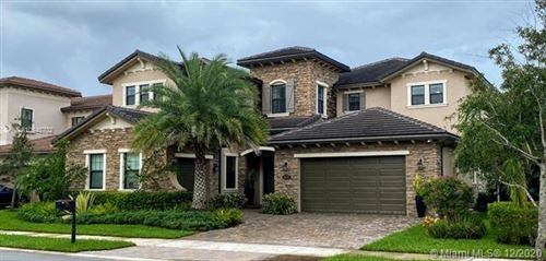 Photo of 8695 W Watercrest Cir W, Parkland, FL 33076 (MLS # A10948702)