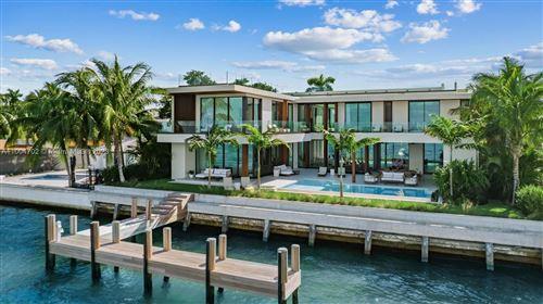 Photo of 1061 N Venetian Dr, Miami, FL 33139 (MLS # A11004702)