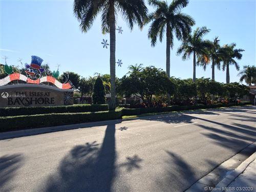 Foto de inmueble con direccion 22801 SW 88th Pl #301 Cutler Bay FL 33190 con MLS A10840703