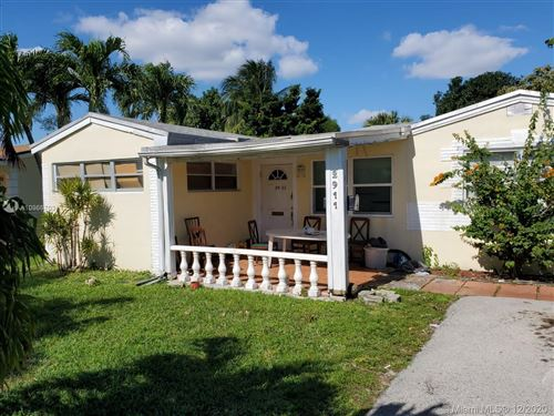 Photo of Hollywood, FL 33020 (MLS # A10966703)