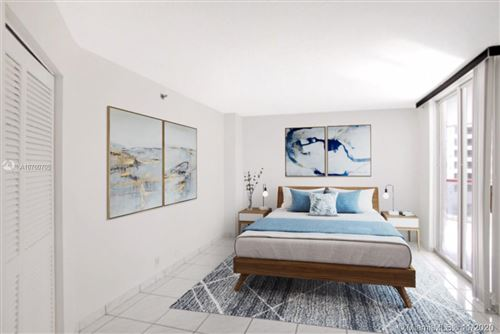 Foto de inmueble con direccion 6767 Collins Ave #608 Miami Beach FL 33141 con MLS A10760705