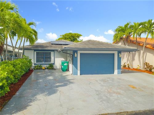 Photo of 1646 SW 136th Pl, Miami, FL 33175 (MLS # A11116707)