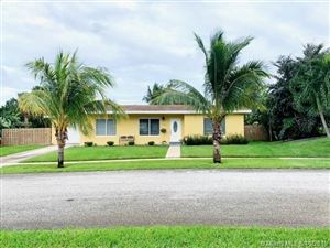 Photo of Listing MLS a10755708 in 1505 Shirley Ct Lake Worth FL 33461