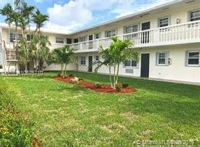 Photo of 5420 NE 22nd Ter #25, Fort Lauderdale, FL 33308 (MLS # A10675710)