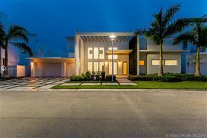Photo of 8253 NW 33rd Ter, Doral, FL 33122 (MLS # A10717711)
