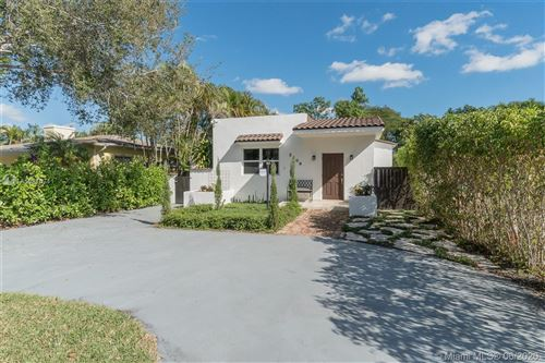 Photo of Listing MLS a10810711 in 2209 SW 57th Ct Miami FL 33155