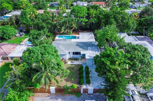 Photo of Listing MLS a10901711 in 230 NW 149th St Miami FL 33168