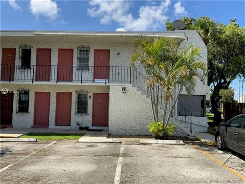Photo of 8701 SW 141st St #H6, Palmetto Bay, FL 33176 (MLS # A11089711)