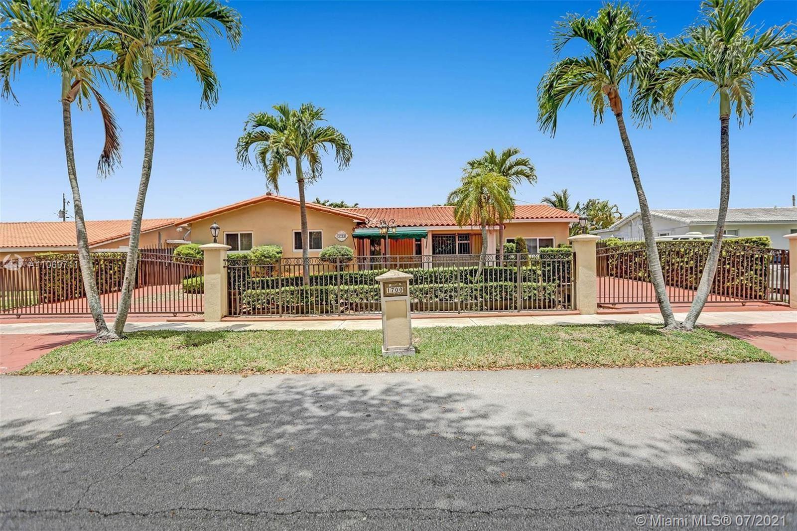 1700 SW 98th Ave, Miami, FL 33165 - MLS#: A11069711